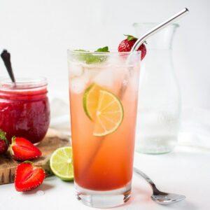 Erdbeer-Shrub